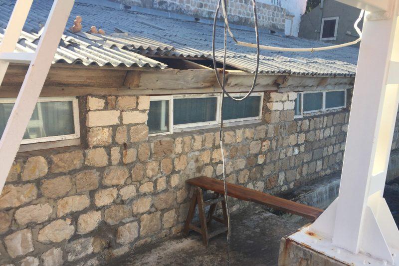FOTO Jaka bura oštetila krov Neptunovog hangara u Orsanu