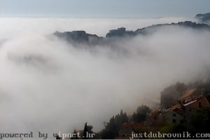 VIDEO Magla svuda, magla oko Grada!
