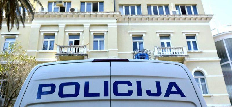 'Spiskao' 1200 eura pa se zarezao nožem i prijavio da je opljačkan