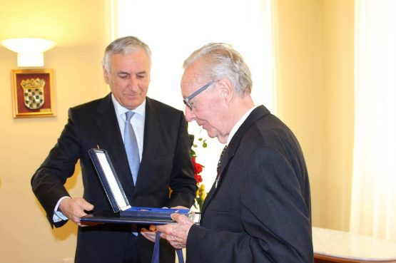 FOTO Župan Dobroslavić uručio odlikovanje Reda Danice s likom Katarine Zrinske Richardu Wisseru