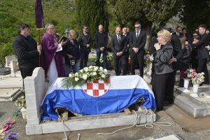 FOTO Obitelj i prijatelji oprostili se od tragično preminulog Alena Perišića