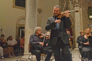 DUBROVAČKO GLAZBENO PROLJEĆE Ruski virtuoz Dmitry Sinkovsky u Revelinu @ Tvrđava Revelin