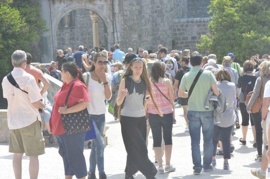 TURISTIČKI PROMET U prvih šest mjeseci u Hrvatskoj rast dolazaka 22 posto, noćenja 23 posto