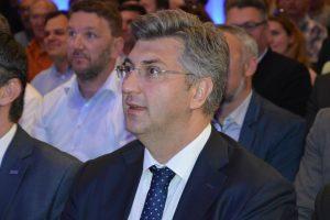 PLENKOVIĆ 'Hrvatska u 2017. prvi put više zaradila nego potrošila'