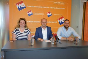 Dujmović uz dvoje Bošnjaka: SDA nas ne zastupa, glasujte po svojoj savjesti!