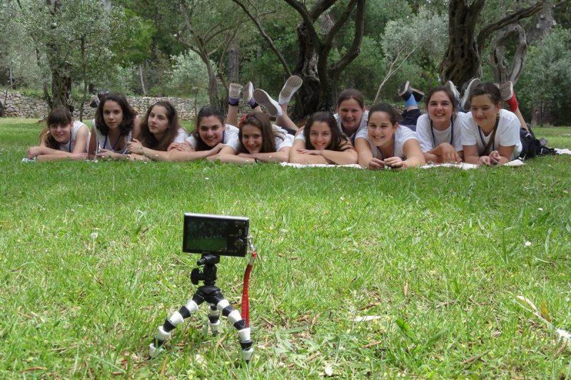 U PETAK Praktična radionica 'Kreativno proljeće u makrofotografiji'