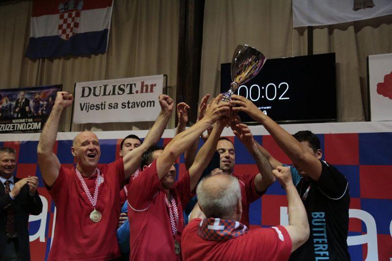 PITURI ISPISALI POVIJEST Miho Simović presudio, Marinkolor osvojio naslov prvaka Hrvatske