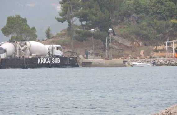 FOTO Vidaci na Pontu doveli kamione betona, Lasić cijeli slučaj prijavio na DORH!