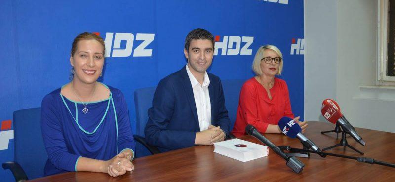 Franković: Slijedi reorganizacija gradske uprave, Dobroslavić: Nismo se borili demagogijom