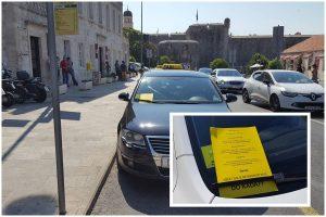 FOTO I dubrovački taksisti prosvjeduju protiv Ubera