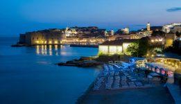 OTVARANJE IGARA Delicije i spektakularan pogled na vatromet s plaže Banje
