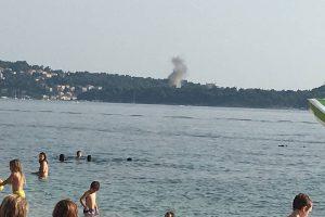 Gusti crni dim iznad Cavtata preplašio mnoge, vatrogasci brzo riješili stvar
