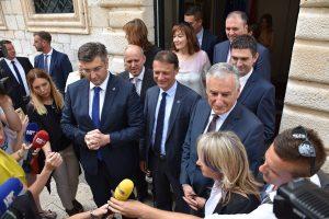 FOTO Plenković: Morat ćemo uvesti više stranih radnika; Franković: Dubrovčani građani drugog reda za Croatiju Airlines