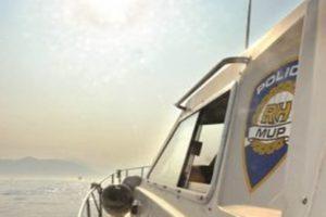 Pomorska nesreća u Pelješkom kanalu. Traga se za jednom osobom!
