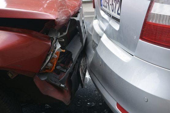 U SREBRENOM Sudar dvaju vozila, nastala materijalna šteta