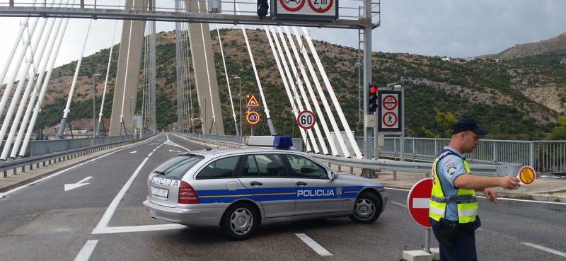 DUBROVNIK SE PROBUDIO NA NULI Most zatvoren, pomorske linije u prekidu, letovi otkazani i preusmjereni