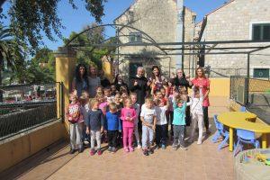 Časna majka Cristina Orsilo posjetila cavtatske mališane