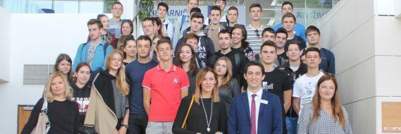 ZNANJEM DO IZVRSNOSTI Dubrovački gimnazijalci posjetili hotel Valamar President