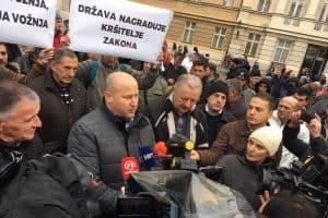 BOŽO MILETIĆ ' Tko štiti Uber u Hrvatskoj i tko su autori skandaloznog zakona?'