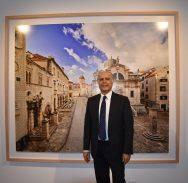 FOTO U Umjetničkoj galeriji otvorena izložba Ahmeta Ertuga 'Točka iščeznuća'