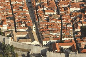 Evo kako je na incident s odlaganjem ribe reagirala Udruga ugostitelja Dubrovnik