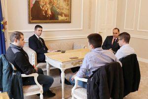 Predsjedništvo Studentskog zbora na sastanku s Frankovićem i Potrebicom
