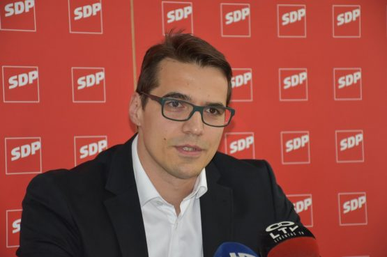 Barač podnio zahtjev za utvrđivanje ništetnosti ugovora između Grada i DPDS-a