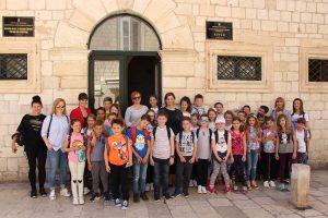 Osnovnoškolci iz Komina upoznali se s radom Županije