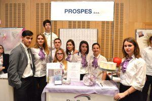 FOTOGALERIJA Čak 14 učeničkih tvrtki danas se 'prezentalo' na Sajmu u Lacromi!