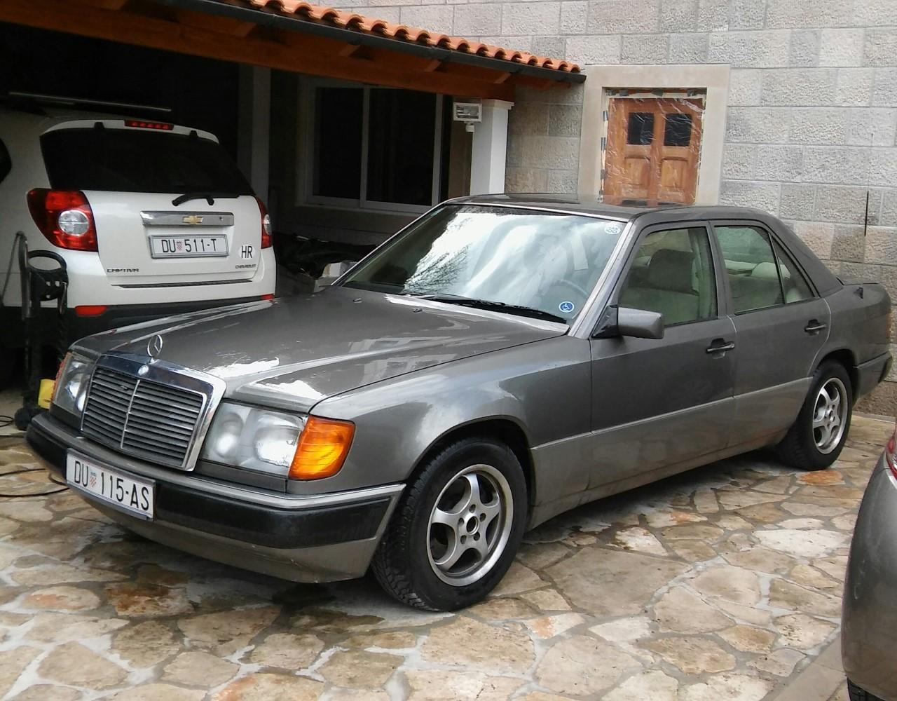 Mercedes 124 300 D