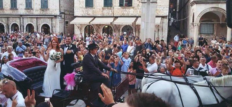 FOTOGALERIJA / STIGLI U KOČIJI Vjenčali se Pero Kojan i lijepa Petra