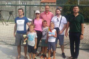 ZABAVA NA GRUDI Stotinu mališana na biciklima, pobjednik natjecanja Luka Jakobušić!
