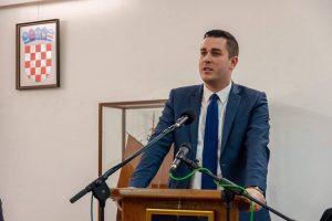 Zamjenik župana na obilježavanju Dana Općine Vela Luka