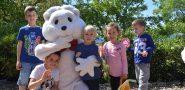 Mališani s uskršnjim zekom tražili čokoladna jaja na Lokrumu